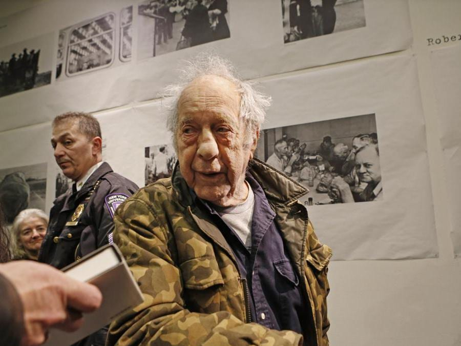 Robert Frank  alla New York University's Tisch School of the Arts, nel 2016 (AP Photo/Kathy Willens)