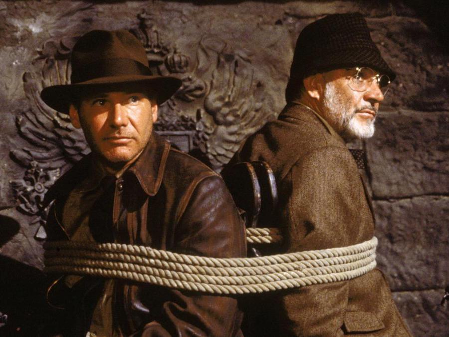 foto IPP/capital pictures immagini di scena del film Indiana Jones e l'ultima crociata (1989) nella foto Sean Connery e Harrison Ford -