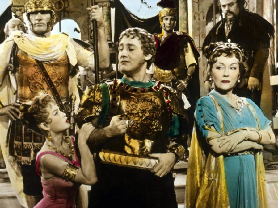 In Mio figlio Nerone di Steno (1956), con Gloria Swanson (Afp)