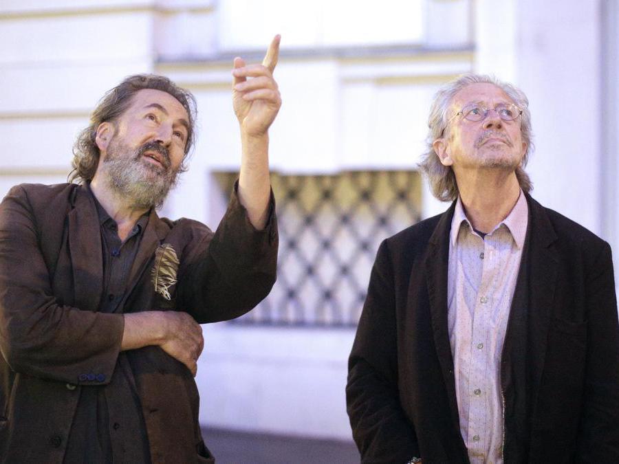 2014,  Vienna, Metro Cinema. Peter Handke con Hans Hurch (Afp)