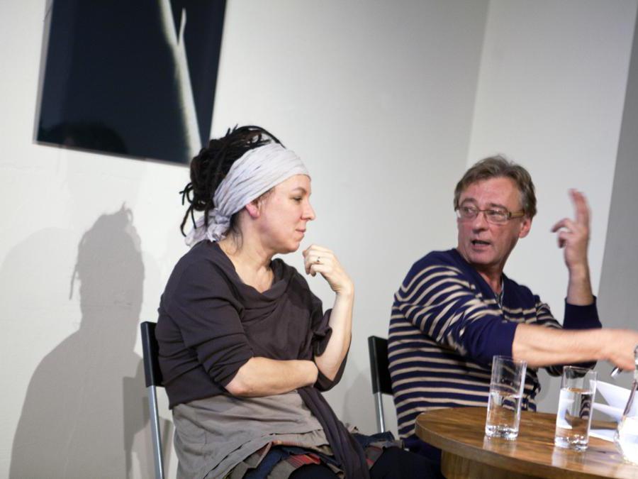 2012, Praga, Vaclav Havel Library. Olga Tokarczuk con Janusz Rudnick (Ansa/Ap)