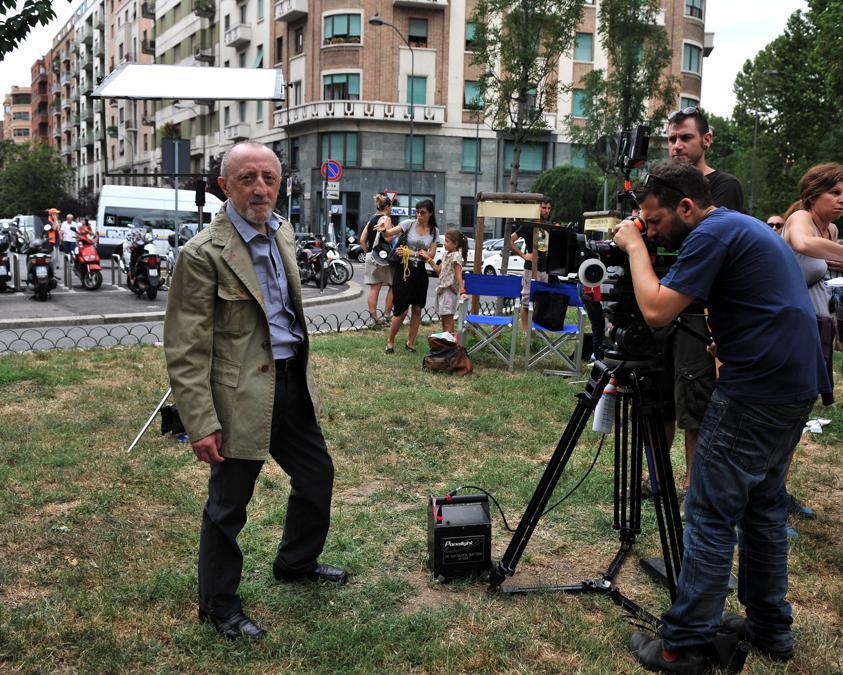 2012, Milano. Sul set  del cortometraggio 'Linea gotica' (Fotogramma),