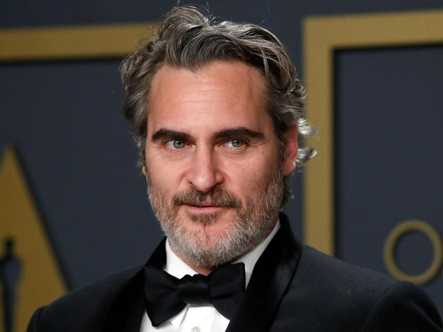 Joaquin Phoenix vincitore dell'Oscar come miglior attore per Joker REUTERS/Lucas Jackson