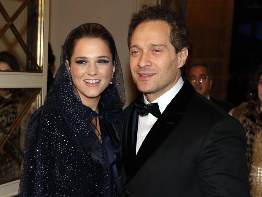 L'attore Claudio Santamaria con la moglie  Francesca Barra. (Ansa/Matteo Bazzi)