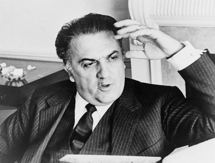 Federico Fellini:  sognatore, maestro di circo e di sensualità