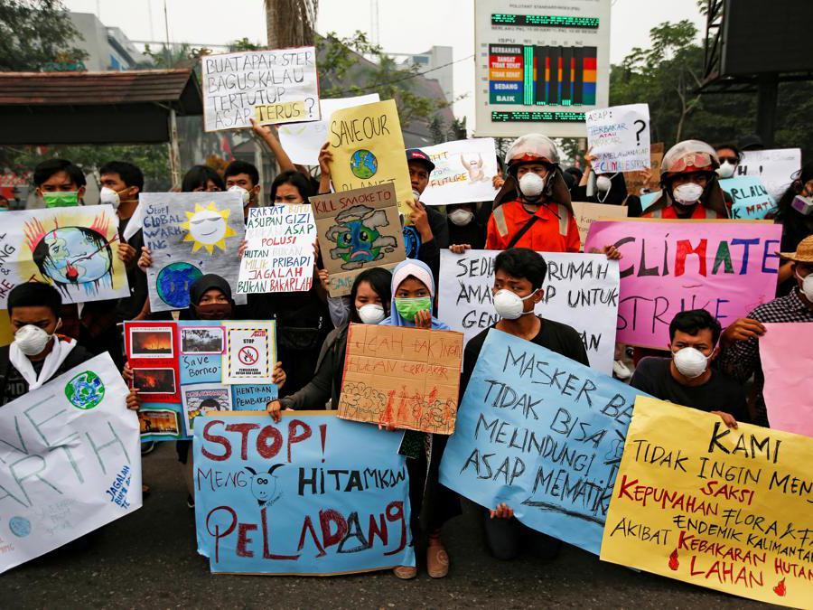 Palangka Raya,  Indonesia. (REUTERS/Willy Kurniawan)