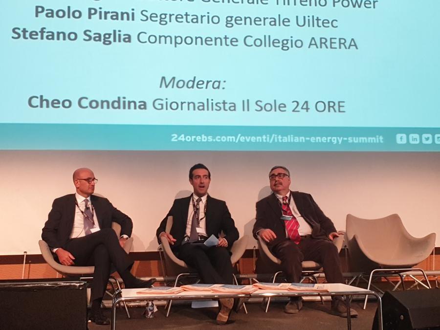 Paolo Pirani segretario generale Uiltec, Stefano Saglia componente collegio Arera, moderatore Cheo Condina  giornalista del Sole 24 Ore