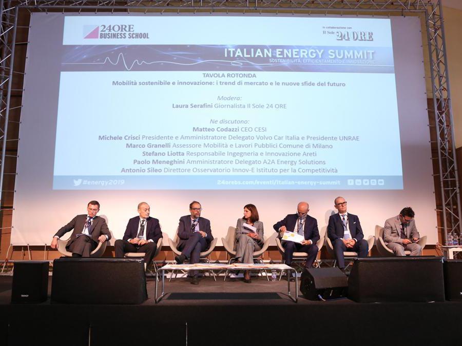 Da sinistra: Matteo Codazzi, Michele Crisci, Marco Granelli, Laura Serafini, Stefano Liotta, Paolo Meneghini,  Antonio Sileo