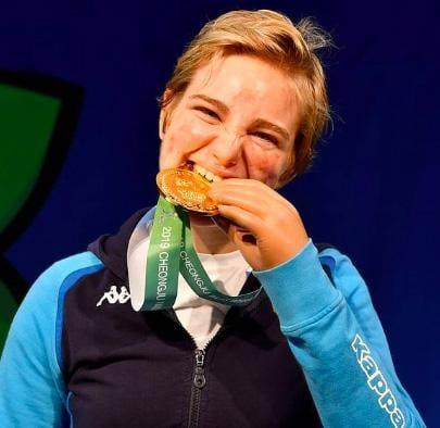 """Beatrice """"Bebe"""" Vio ventitreenne veneziana campionessa mondiale ed europea in carica di fioretto individuale paralimpico- Influencer score: 90"""