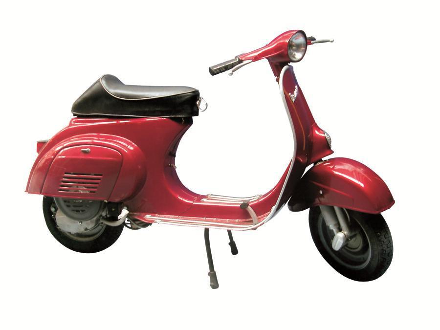 """Vespa 50 Special Revival (1991) - Le modifiche al Codice della Strada italiano consentono ai 50 cc di svincolarsi dal limite di potenza di 1,5 CV: Piaggio presenta un nuovo """"vespino"""" più performante, con oltre 2 CV a 5.000 giri"""