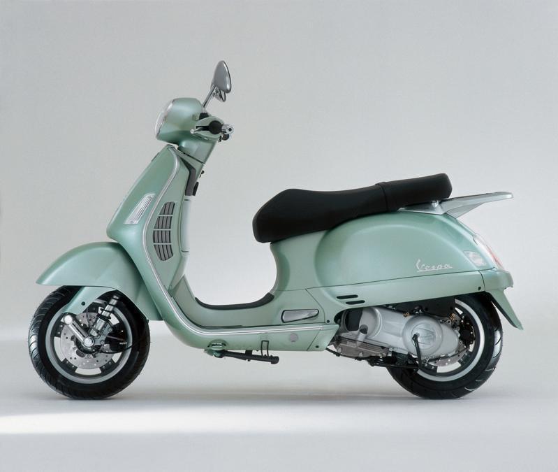 Vespa GT 60° - 250cc (2006) - Materiali raffinati e lavorazioni esclusive per un oggetto unico: edizione limitata prodotta in soli 999 esemplari e destinata a rimanere uno dei capisaldi nella storia di Vespa