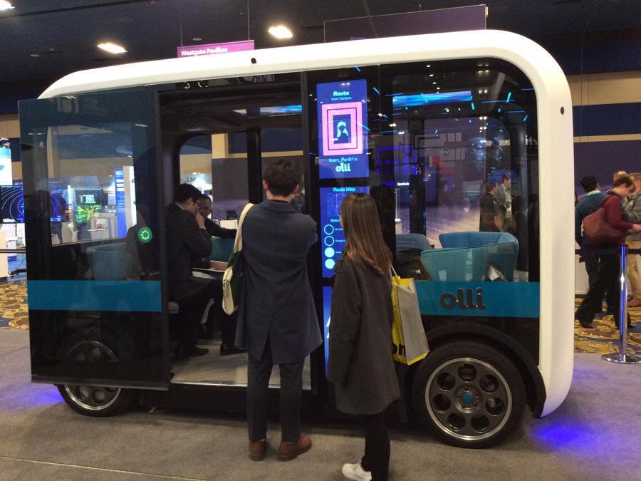 Il nuovo minibus zolli Local Motors elettrico, dotato di guida autonoma e in buona parte realizzato con stampante 3D