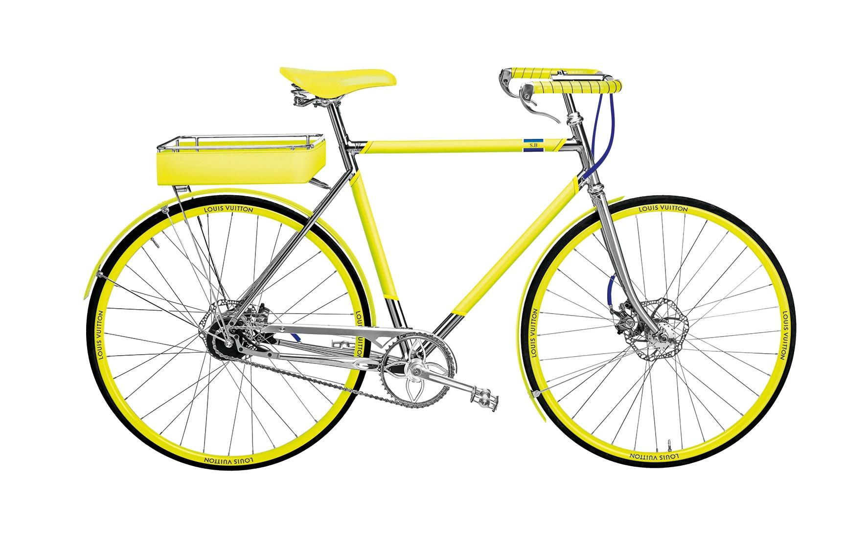 Nata in collaborazione con Tamboite, LV Bike ha telaio, finiture e sella in tela monogram, LOUIS VUITTON(22.000 €, su ordinazione, consegna in circa 8 mesi).