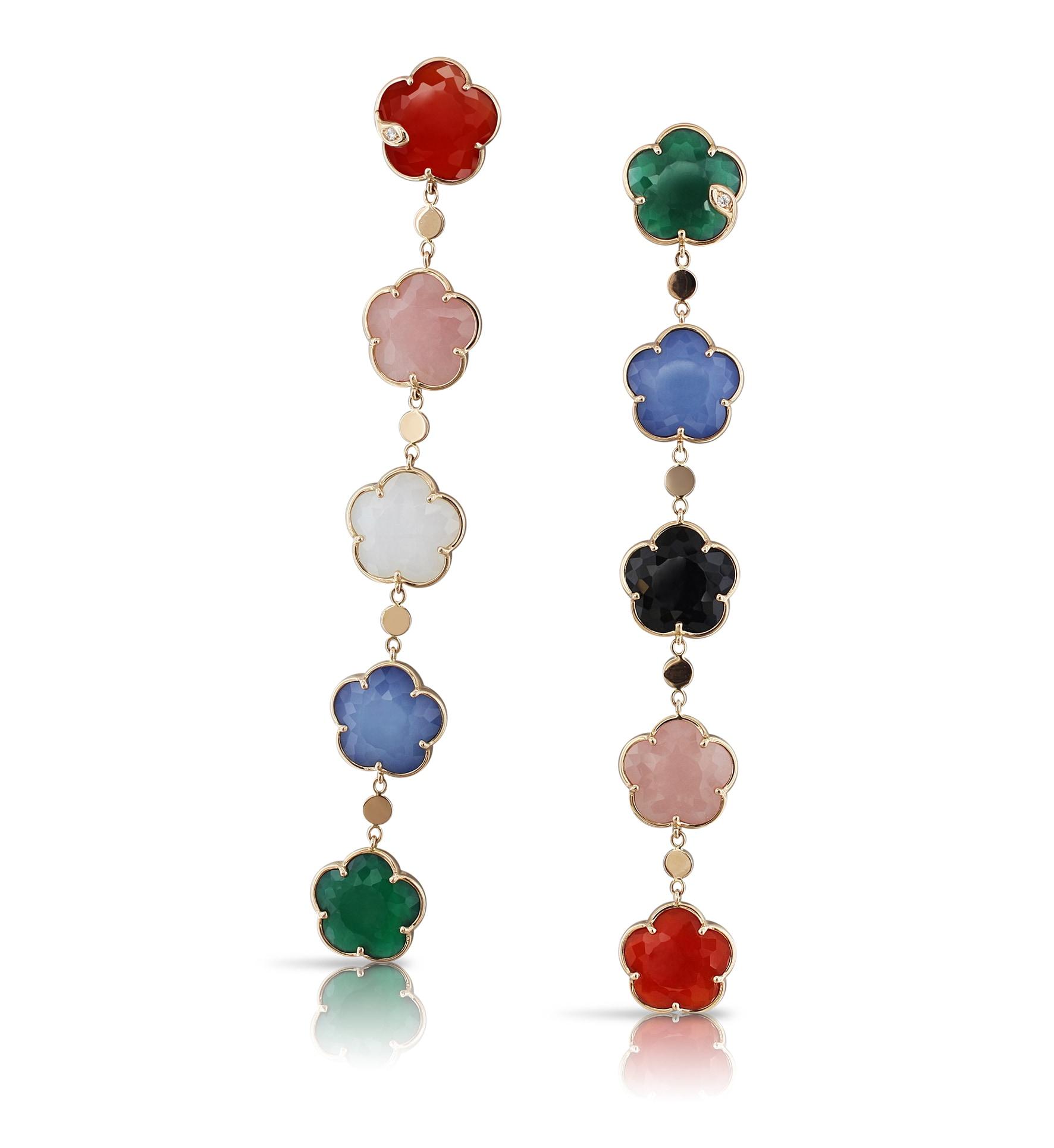 Pendenti Petit Joli in oro, agata verde e bianca, calcedonio rosa, corniola, onice, lapislazzuli e diamanti, PASQUALE BRUNI (5.700 €).