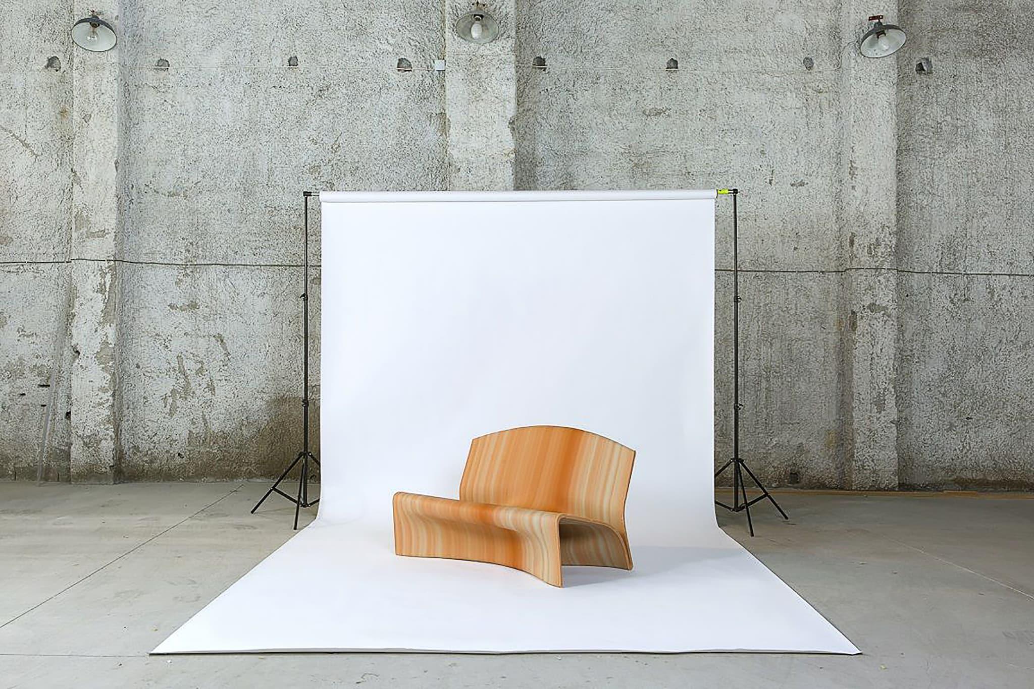 Seduta Second Nature, realizzata con la stampa 3D a partire dalla plastica recuperata nei mari, BLUECYCLE (vincitore dell'edizione 2020, categoria Industrial Design del RO Plastic Prize).