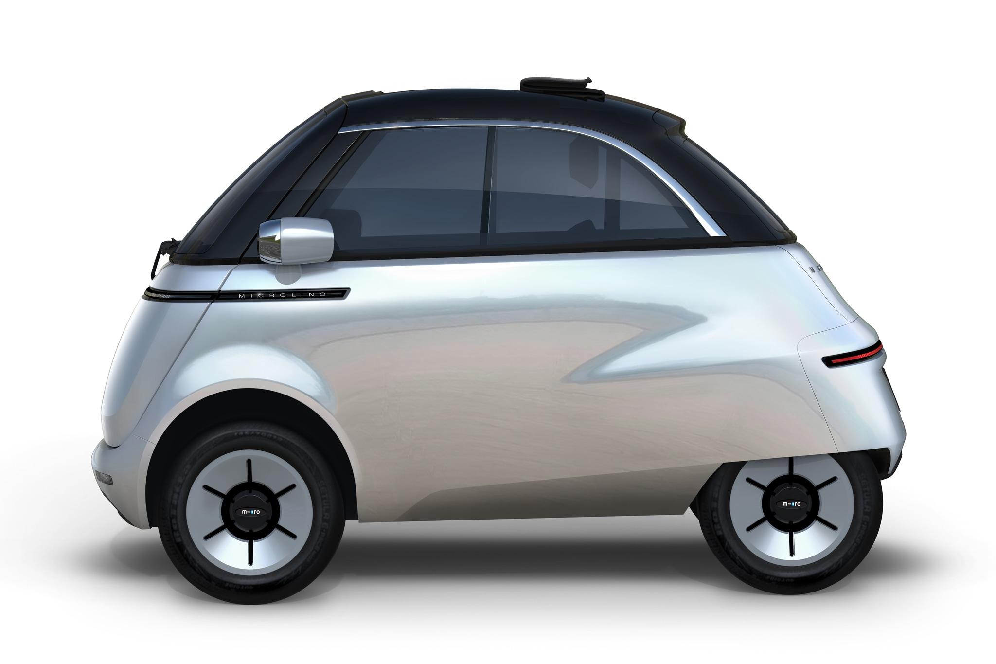 Mini car elettrica biposto, con batteria da 125 o 200 km, velocità 90 km/h, MICROLINO (da12.000 €).