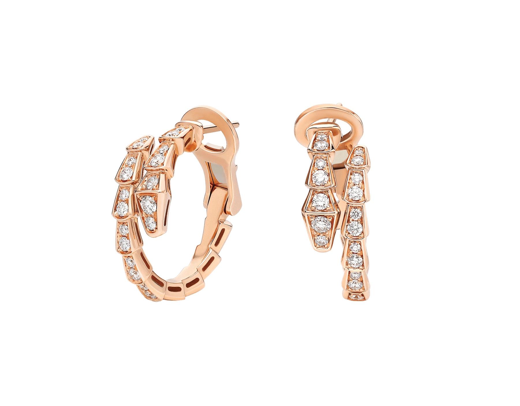 Bulgari. Orecchini Serpenti Viper, in oro rosa con pavé di diamanti.