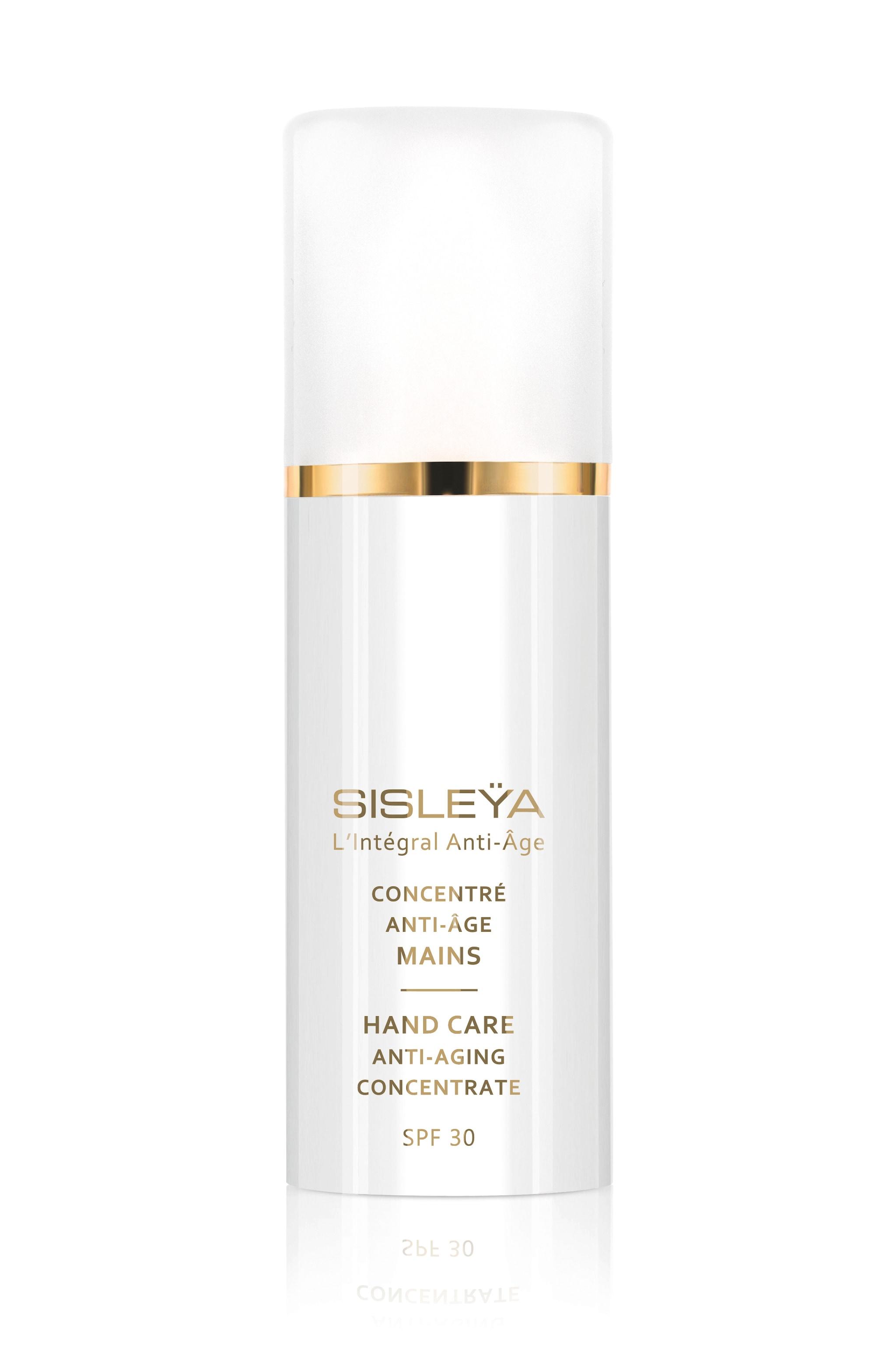 Crema mani Anti-Aging Concentrate Sisleÿa, per trattare l'invecchiamento cutaneo, con SPF 30, SISLEY PARIS (119 €, 75 ml).