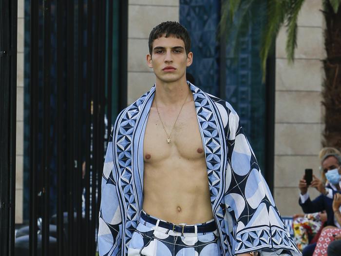 Dolce&Gabbana, parole chiave: bianco/blu, ceramica, arte, artigianato, design italiano