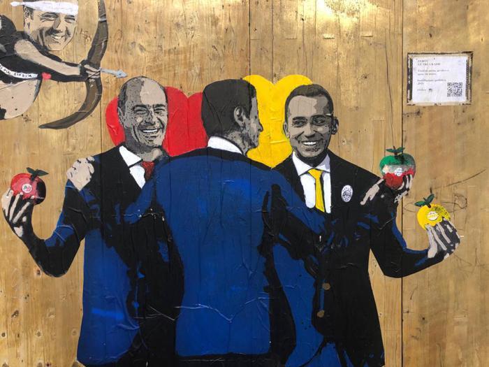 Street art e politica: dal matrimonio M5S-Pd al bacio Di Maio-Salvini