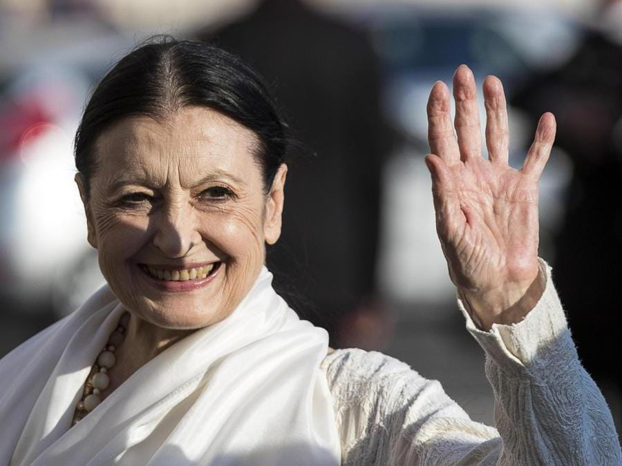 Carla Fracci arriva al Quirinale per il concerto e successivo ricevimento in occasione della Festa Nazionale della Repubblica, 01 giugno 201. (Ansa/Angelo/Carconi)