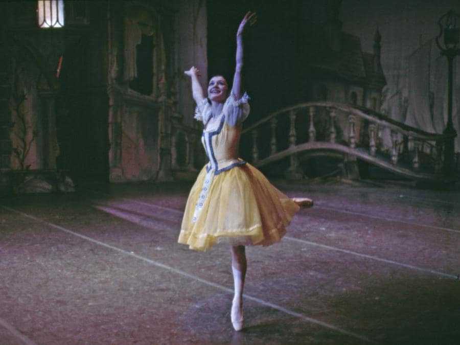 Carla Fracci in «Coppelia» -  1968. (Jack Mitchell/Getty Images)