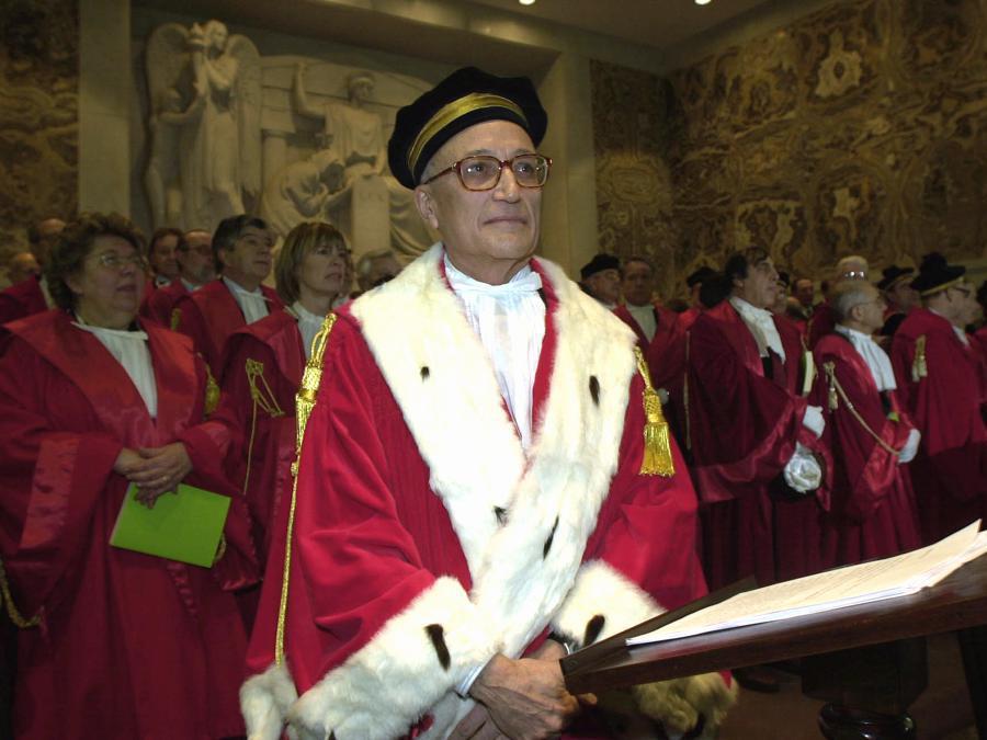 Inaugurazione anno giudiziario . nella foto il Procuratore generale della Repubblica Francesco Saverio Borrelli      - 2002 (Agf)