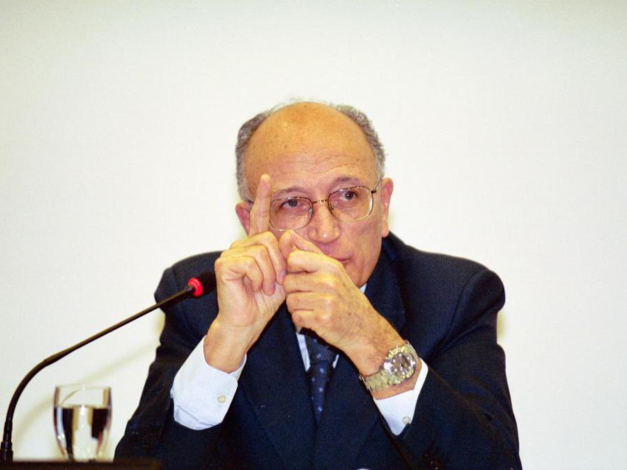 Tavola rotonda sù legalita tra etica, diritto e politica con  Francesco Saverio Borrelli    - 2003 (Mario Di Salvo/Fotogramma)
