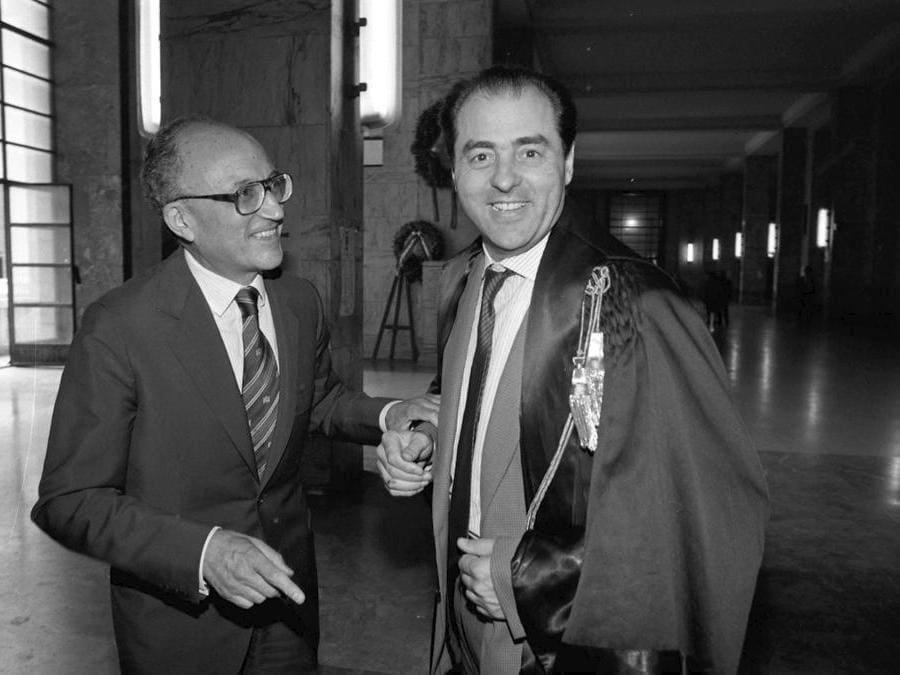 Francesco Saverio Borrelli con Antonio Di PIetro - 1992 (Fotogramma)