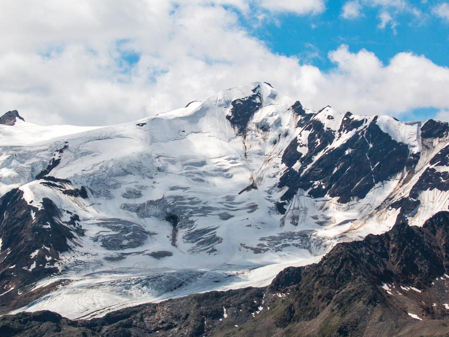 Ghiacciaio  Forni nelle Alpi dell'Ortles, Parco Nazionale dello Stelvio  (Provincia  Autonoma di Bolzano)   (Adobestock)