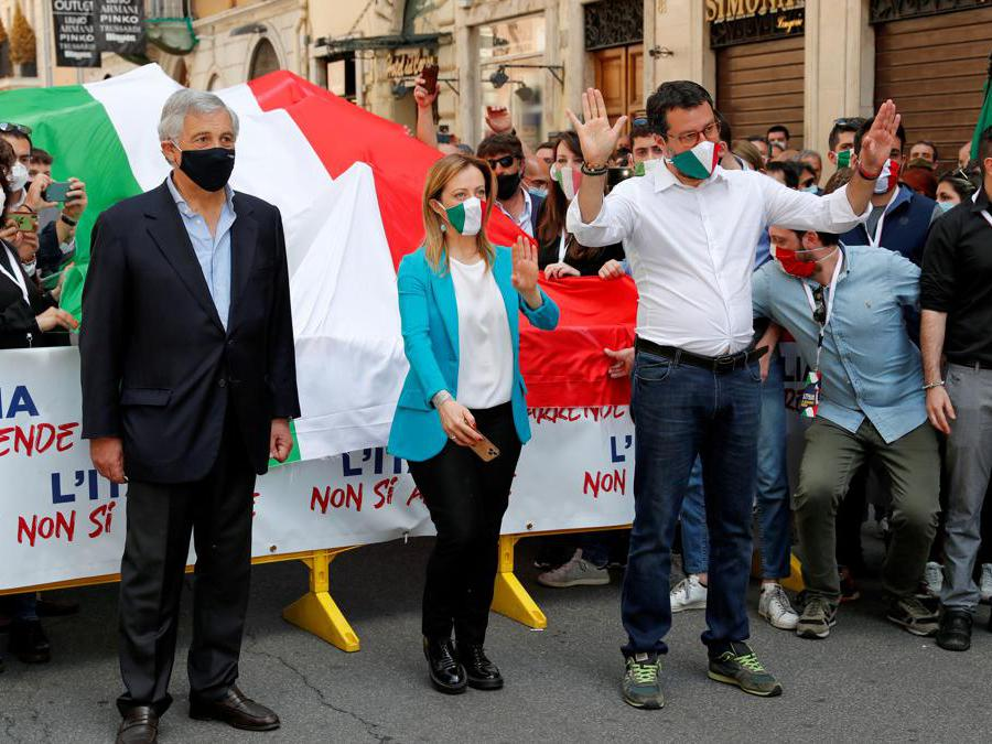 (Reuters/Remo Casilli)