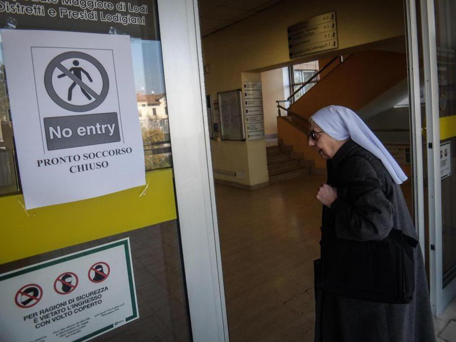 Chiuso il pronto soccorso dell'ospedale di Codogno, 22 Febbraio 2020. (Ansa/Matteo Corner)