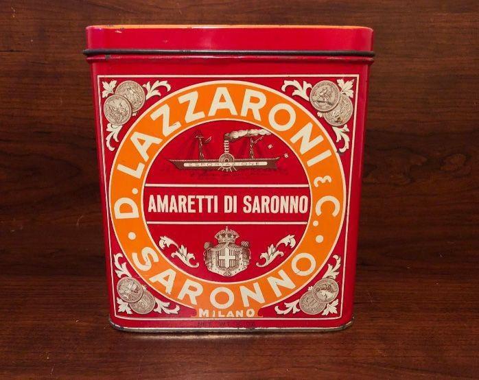 1922. Lazzaroni. La prima attività dolciaria risale agli inizi del '700