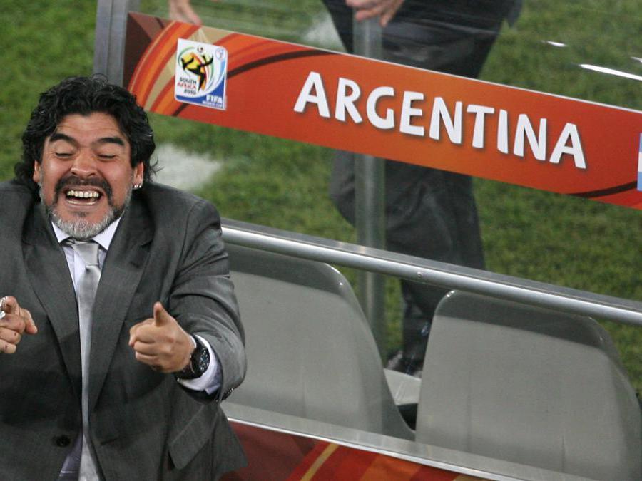 Diego Armando Maradona tecnico della Nazionale Argentina ai Mondiali di Calcio nel 2010 (Simon Stacpoole/Ipp)
