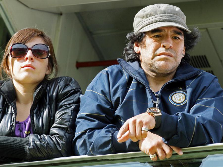 Diego Armando Maradona e la figlia Dalma in tribuna durante una partita (Jean Michel Bancet/Ipp)