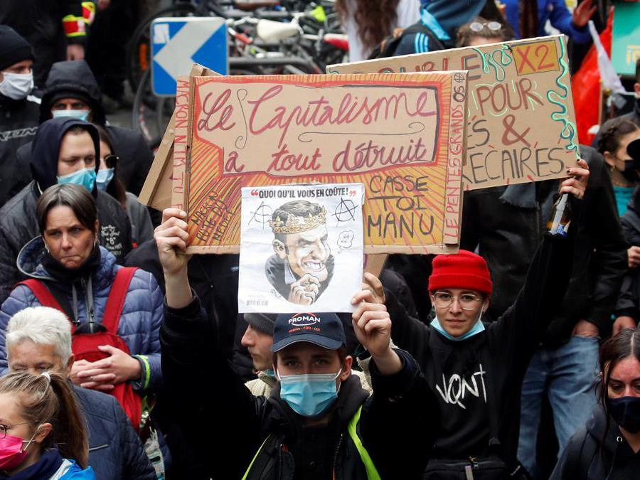 Primo maggio a Parigi. REUTERS/Gonzalo Fuentes