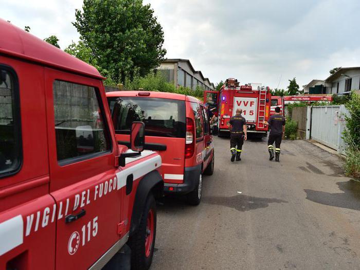 Rifiuti, ennesimo rogo nel Milanese: brucia impianto a Settimo