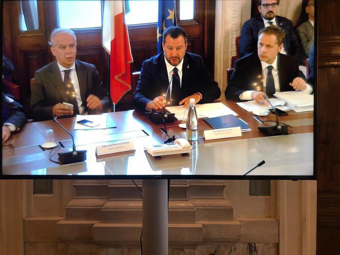Salvini e il vertice con il mondo delle imprese