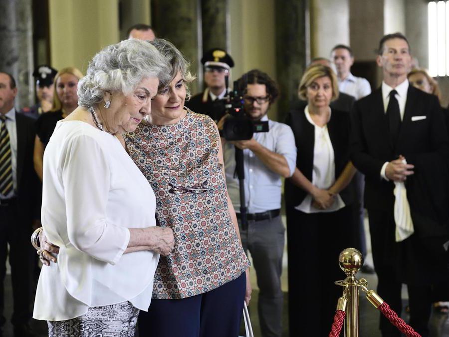Maria Laura Borrelli con la figlia Federica (Ansa/Flavio Lo Scalzo)