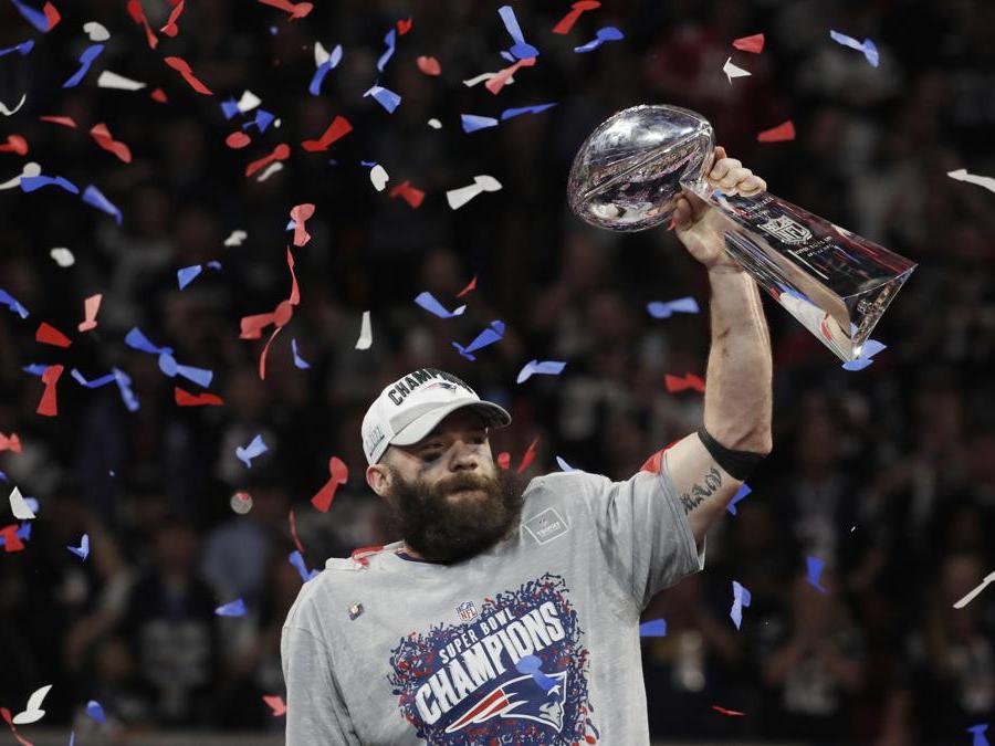 FEBBRAIO. FOOTBALL AMERICANO: Sesto titolo Nfl per i New England Patriots. Sconfitti nella finale del Super Bowl di Atlanta i Los Angeles Rams con il punteggio di 13-3. Julian Francis Edelman (foto Reuters) dei New England Patriots, è stato premiato come miglior giocatore della finale.