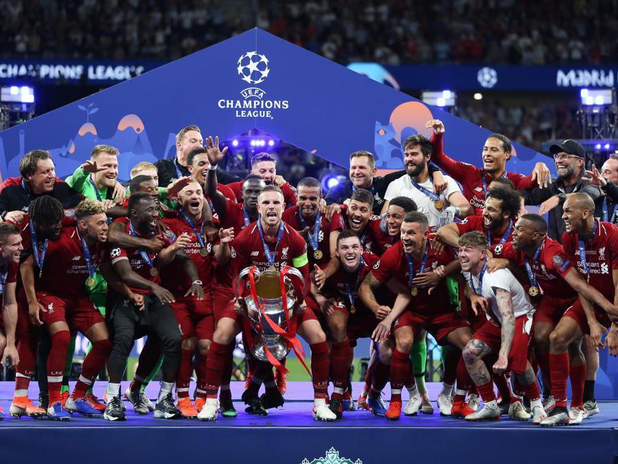 GIUGNO. CALCIO. Il Liverpool si laurea campione d'Europa per la sesta volta nella storia. Sconfitto, nella finale «made in England» di Madrid, il Tottenham per 2-0. (Afp))