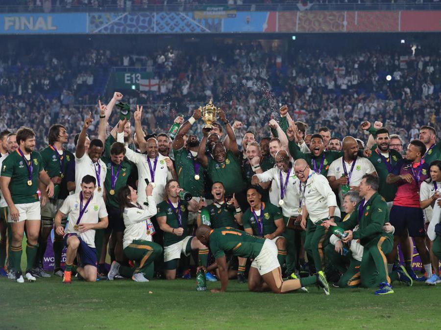 NOVEMBRE. RUGBY. La nazionale sudafricana conquista il terzo titolo mondiale della storia degli «Springboks». Sonfitta nella finale di Yokohama. l'Inghilterra per 32-12. (Afp)