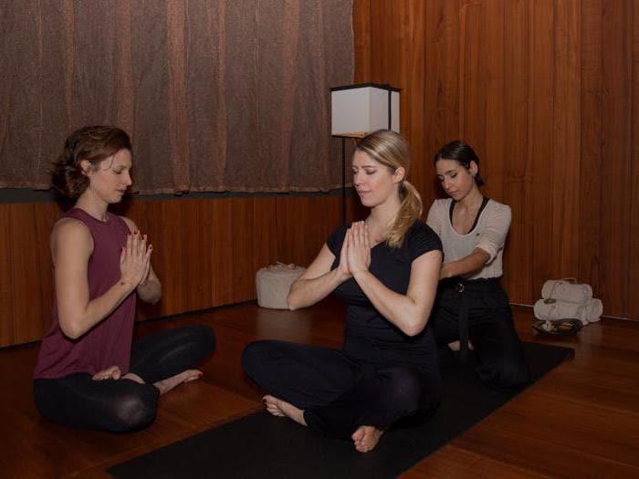 Yoga e massaggio thai si fondono al Mandarin