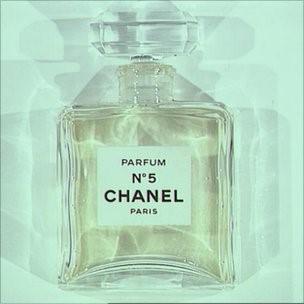 La prima boccetta di Chanel N°5
