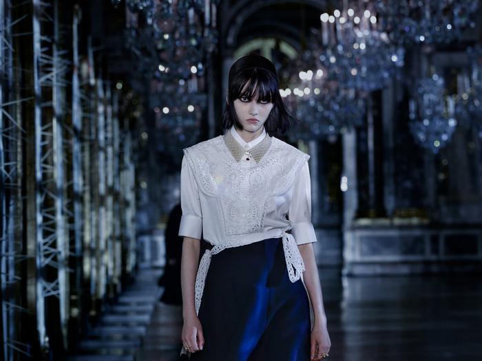 Dior, la bellezza disturbante delle fiabe