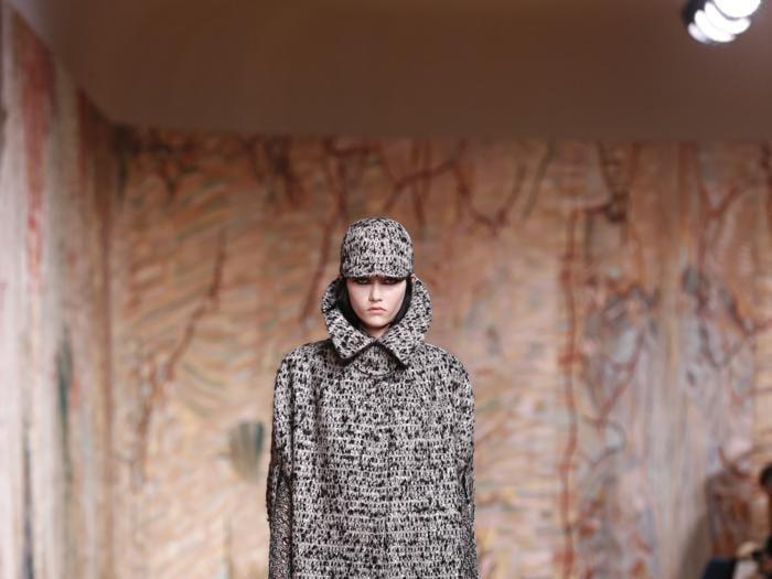 Dior, tessuti e manifattura al centro della couture