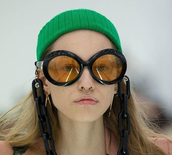 Gli occhiali Gucci by Kering Eyewear prodotti da Safilo in passerella
