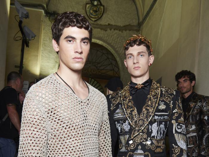 I look e il backstage della sfilata Dolce&Gabbana di Alta Sartoria