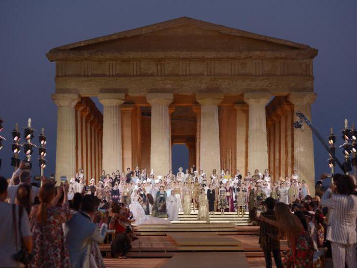 L'alta moda di Dolce&Gabbana sfilano nella valle dei templi