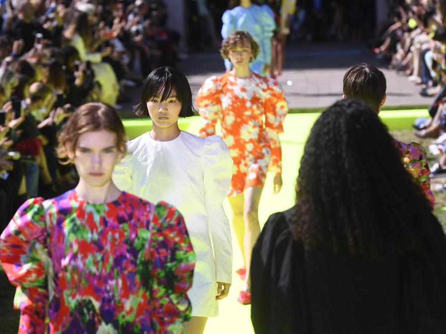 Models present a creation by MSGM during the Milan Fashion Week, in Milan, Italy, 21 September 2019. Spring-Summer 2020 women's collections are presented at the Milano Moda Donna from 17 to 23 September. ANSA/FLAVIO LO SCALZO